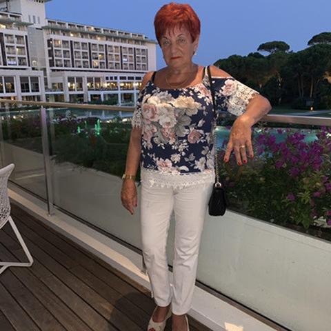 Anna, 72 éves társkereső nő - Nyíregyháza