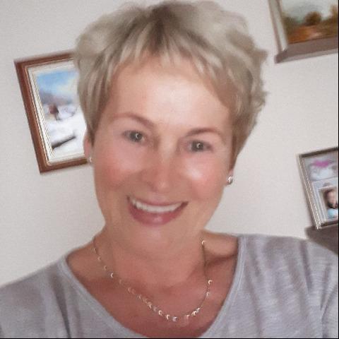 Gizi, 69 éves társkereső nő - Tiszafüred