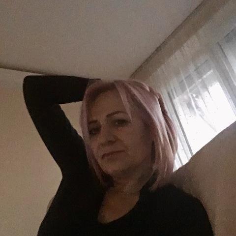 Eta, 48 éves társkereső nő - Győr