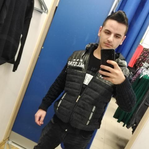 József, 20 éves társkereső férfi - Szerencs