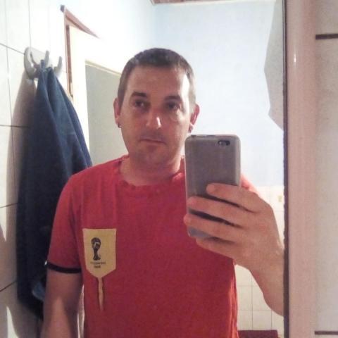 Krisztián, 36 éves társkereső férfi - Szomód