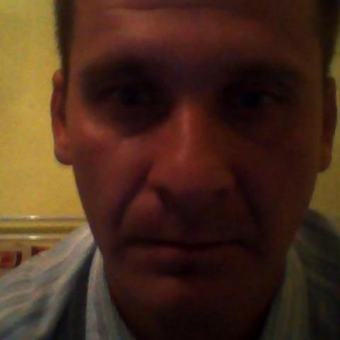 Jancsi, 35 éves társkereső férfi - Tornalja