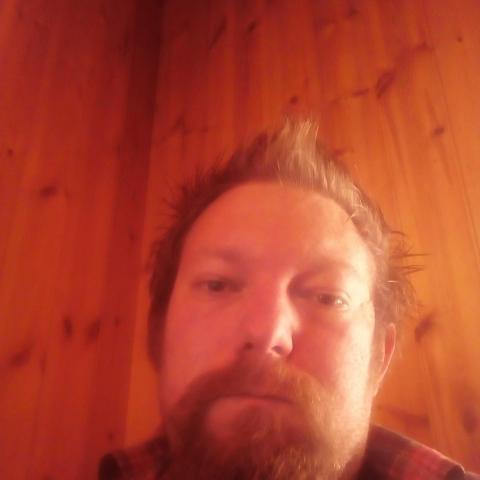 Krisztián, 35 éves társkereső férfi - Lovászi