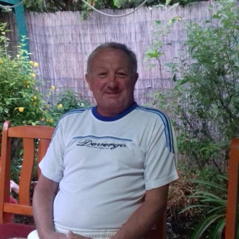 István, 60 éves társkereső férfi - Püspökladány