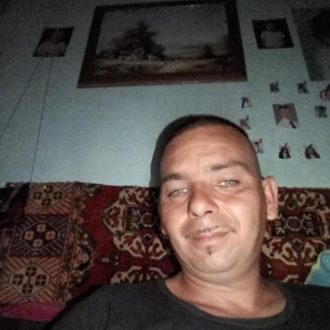 Zoltán, 37 éves társkereső férfi - Gyomaendrőd