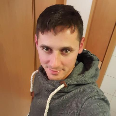 Gyuri, 34 éves társkereső férfi - Váchartyán