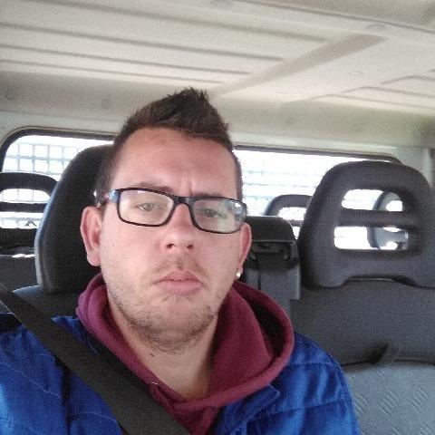 András, 27 éves társkereső férfi - Kunhegyes