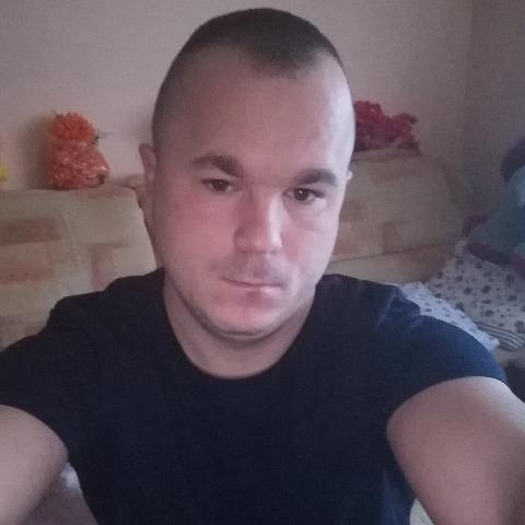 Richárd, 31 éves társkereső férfi - Nógrádmegyer
