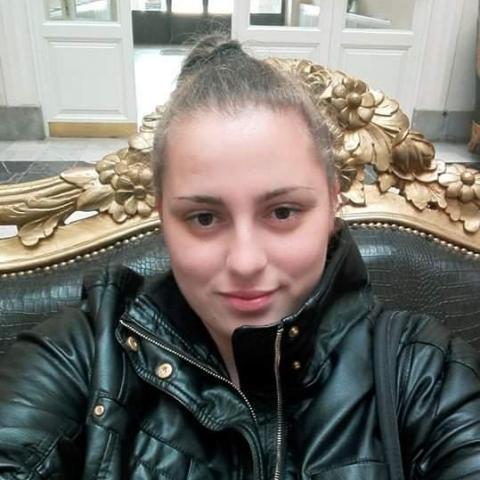 Kitti, 27 éves társkereső nő - Miskolc