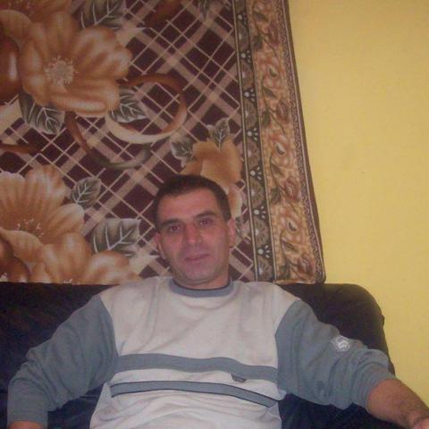 Tibi, 54 éves társkereső férfi - Debrecen