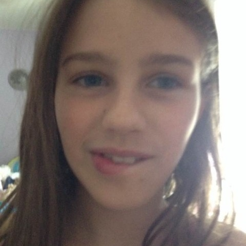 Rebeka, 16 éves társkereső nő - Dunakeszi