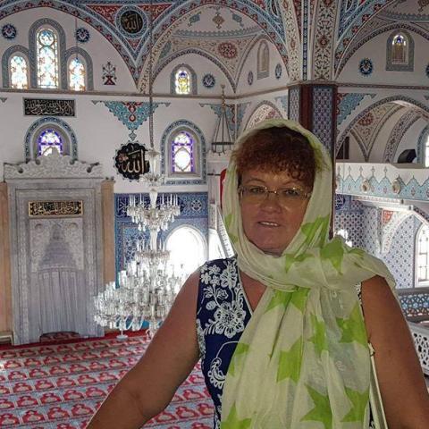 Tünde, 58 éves társkereső nő - Tatabánya