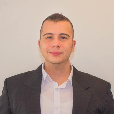 Kristóf, 28 éves társkereső férfi - Debrecen