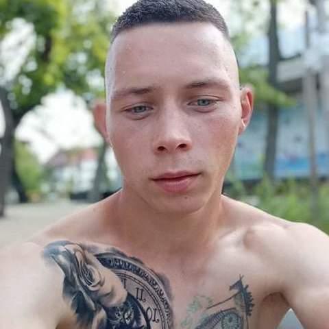 Imre, 22 éves társkereső férfi - Debrecen