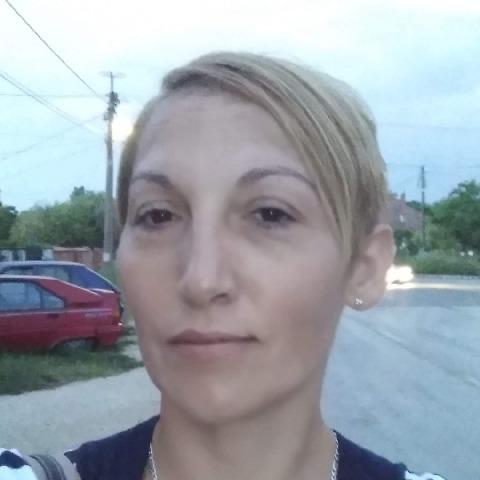 Vica, 42 éves társkereső nő - Székesfehérvár