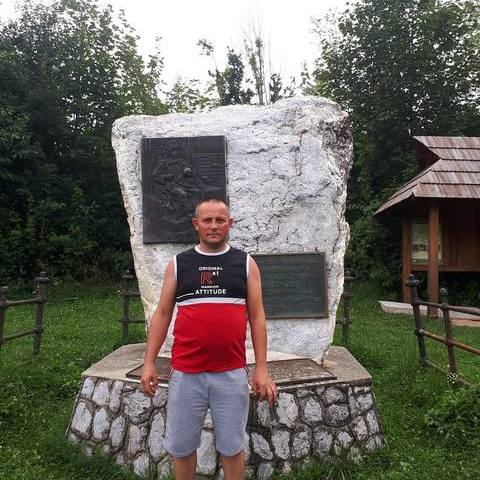 Miklós, 40 éves társkereső férfi - Kántorjánosi