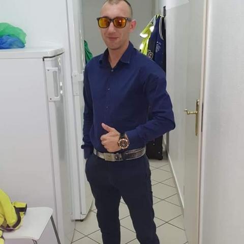 Jenő, 31 éves társkereső férfi - Miskolc