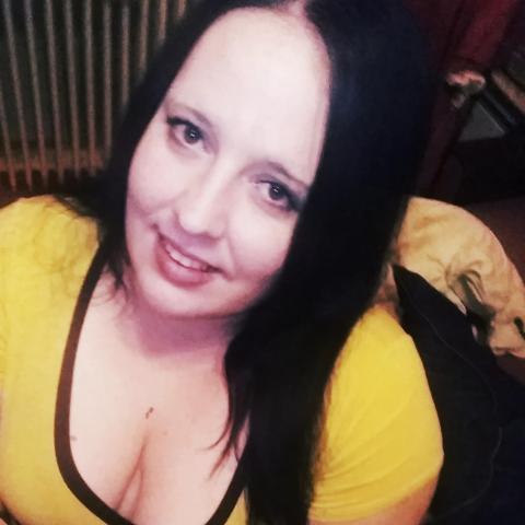 Anett, 27 éves társkereső nő - bõs