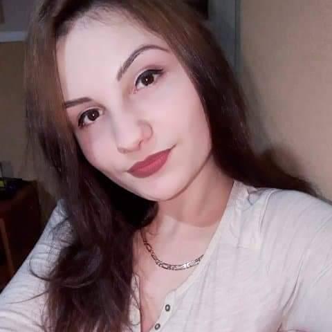 Kata, 21 éves társkereső nő - Mándok