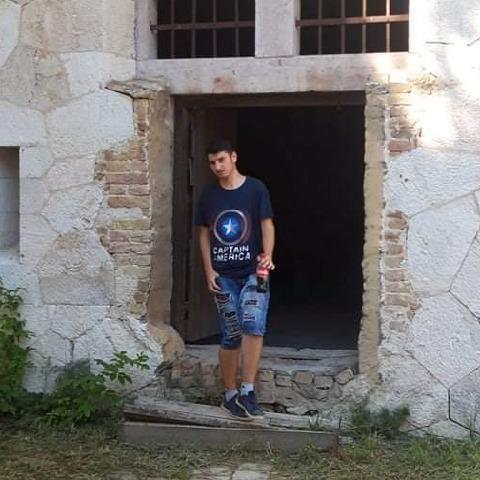 Tamás, 17 éves társkereső férfi - Tatabánya