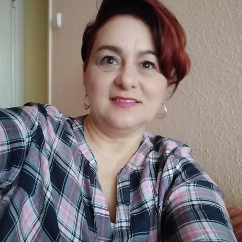 Júlia, 47 éves társkereső nő - Debrecen