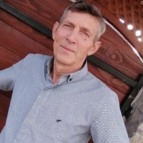 Zsiga , 61 éves társkereső férfi - Földes