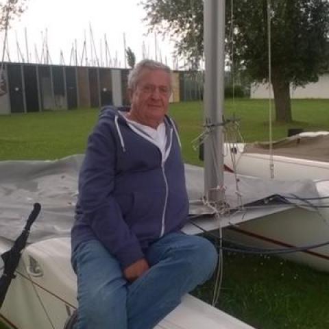 László, 69 éves társkereső férfi - Budapest