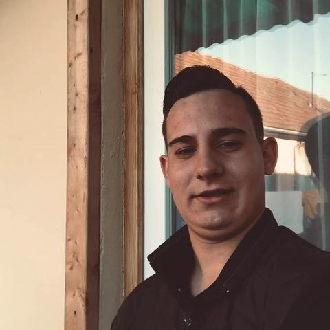 Máté, 21 éves társkereső férfi - Dabas