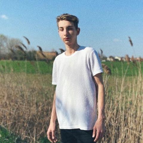 Márk, 20 éves társkereső férfi - Sándorfalva