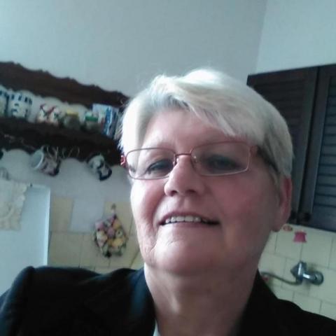 Maria, 61 éves társkereső nő - klizska nema
