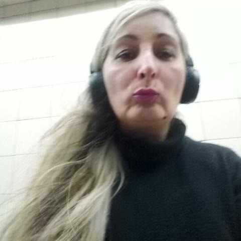 Claudia , 44 éves társkereső nő - Makad
