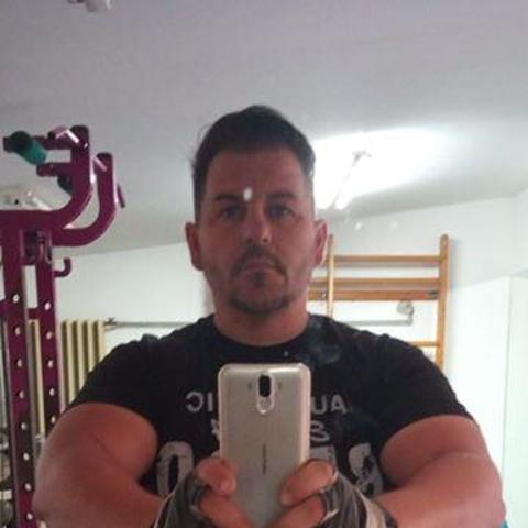 Zoltán László, 44 éves társkereső férfi - Szekszárd