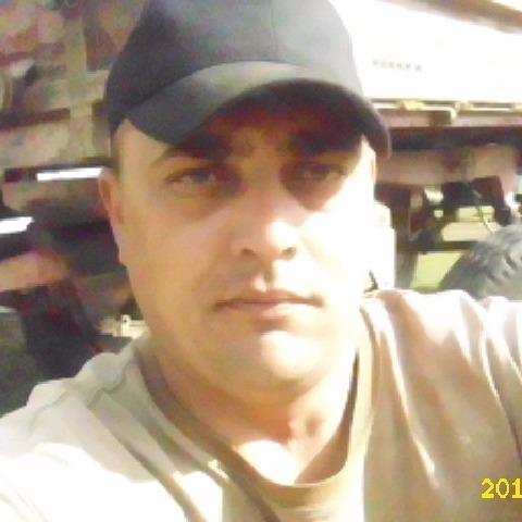 Róbert, 39 éves társkereső férfi - Szabadka