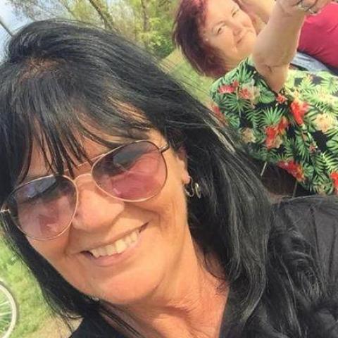 Andrea, 59 éves társkereső nő - Nyíregyháza