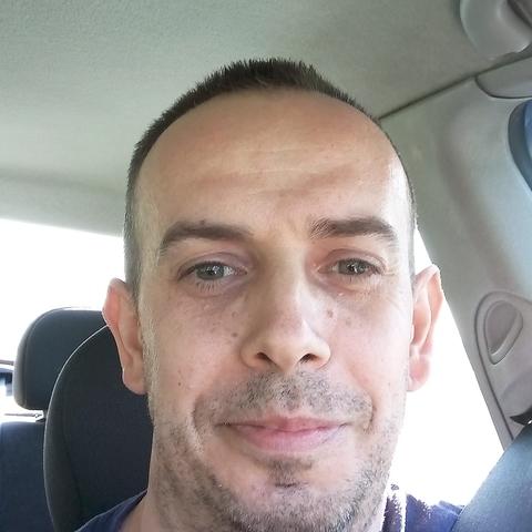 Péter, 42 éves társkereső férfi - Bicske