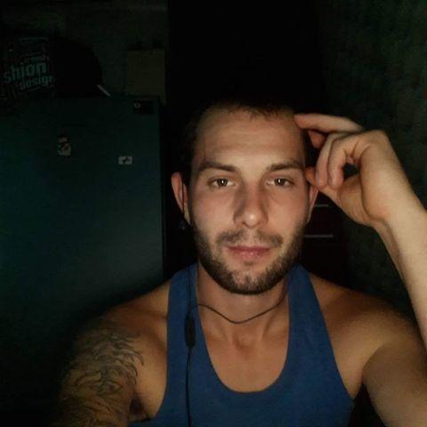 Attila, 24 éves társkereső férfi - Miskolc