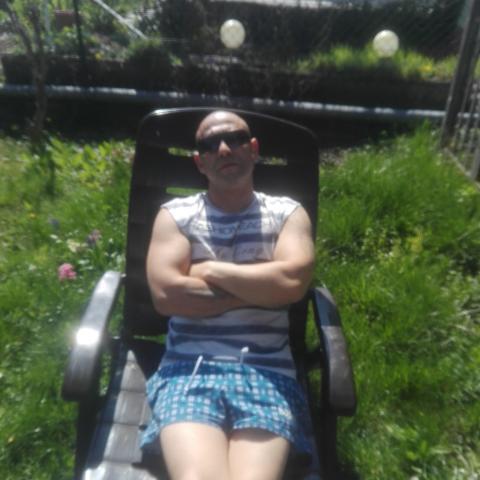 Ákos, 42 éves társkereső férfi - Kazincbarcika