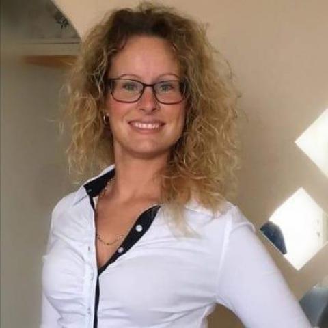 Tünde, 40 éves társkereső nő - Székesfehérvár