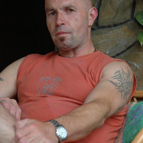 Krisztián, 48 éves társkereső férfi - Zalaegerszeg