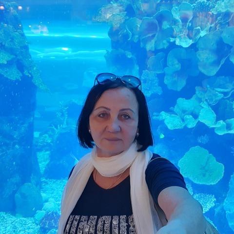 Erzsébet, 69 éves társkereső nő - Eger