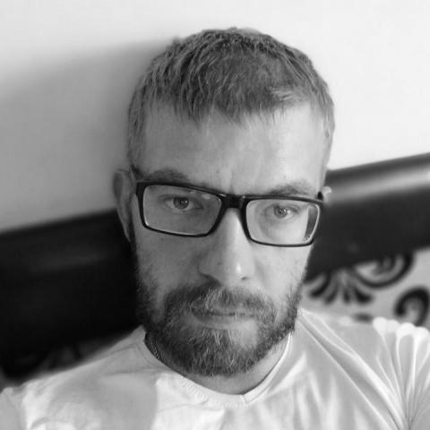 Péter, 28 éves társkereső férfi - Szendrő