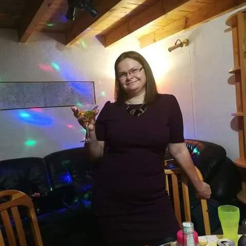 Erika, 37 éves társkereső nő - Dunakeszi