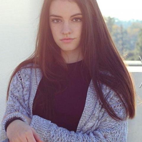 Petra, 19 éves társkereső nő - Zalavég
