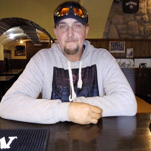 Zsolt, 39 éves társkereső férfi - Szolnok