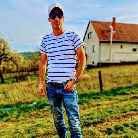Bence, 37 éves társkereső férfi - Karancslapujtő