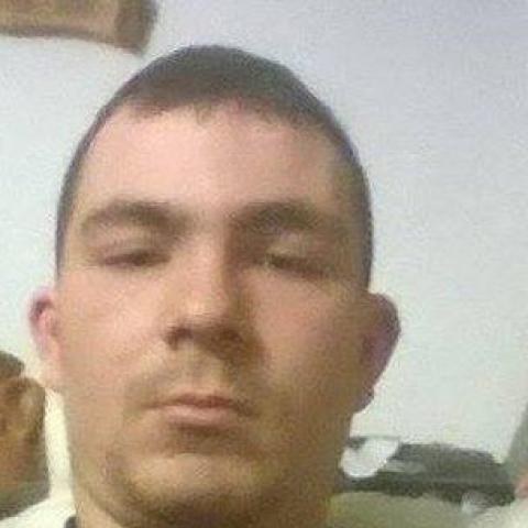 Jóska, 27 éves társkereső férfi - Paks