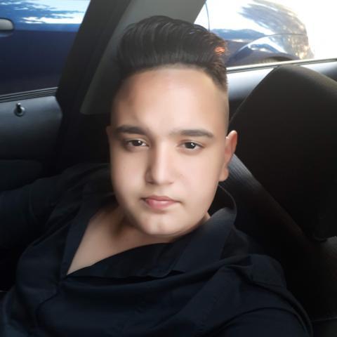 Áron, 23 éves társkereső férfi - Békés