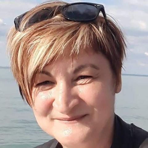 Anita, 35 éves társkereső nő - Cece
