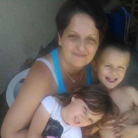Adrienn, 38 éves társkereső nő - Gelse