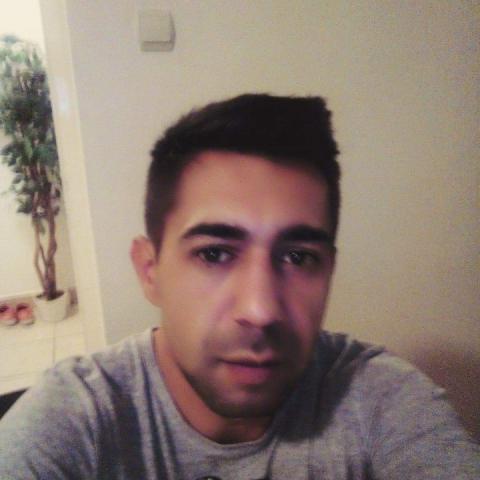 Gyuszi, 38 éves társkereső férfi - Miskolc